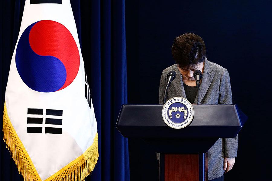 南韓憲法法院今日(10日)宣佈罷免朴槿惠的總統職務。朴槿惠成為南韓史上首位被彈劾的總統。(Jeon Heon-Kyun-Pool/Getty Images)