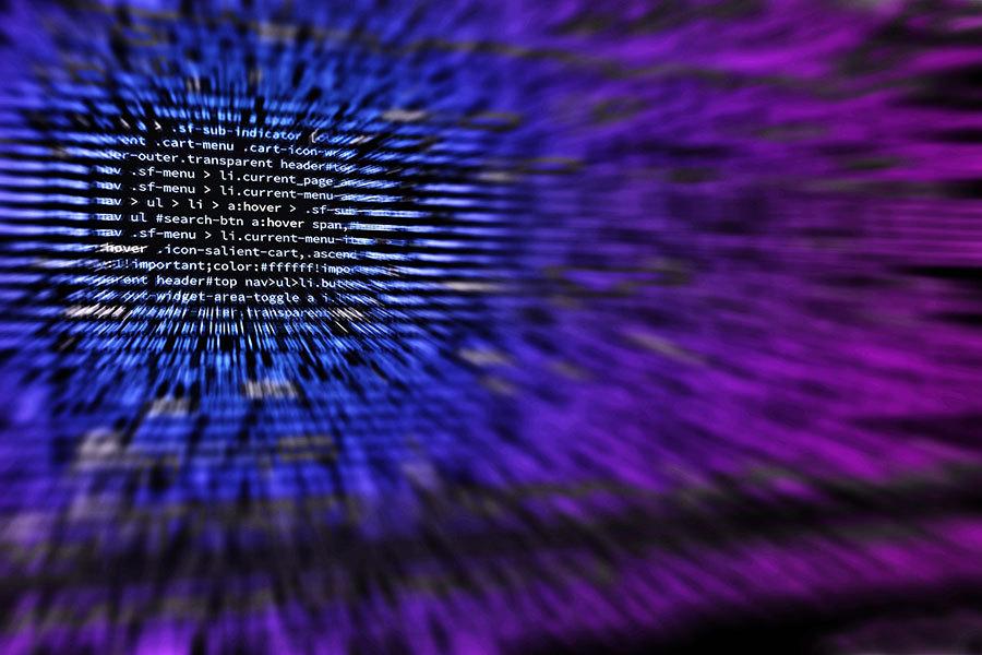 英國國家網路安全中心表示,有鑑於俄羅斯黑客試圖影響去年的美國總統大選,要英國各政黨保護好自己,免於受到潛在網路攻擊。(Pixabay)