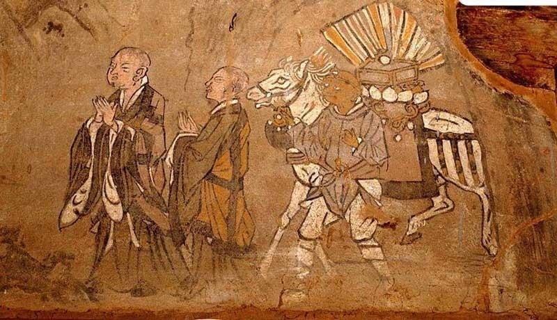 位於絲綢之路途中的著名敦煌壁畫,極為精美,描繪佛經故事等內容。圖為:玄奘取經圖。(公有領域)