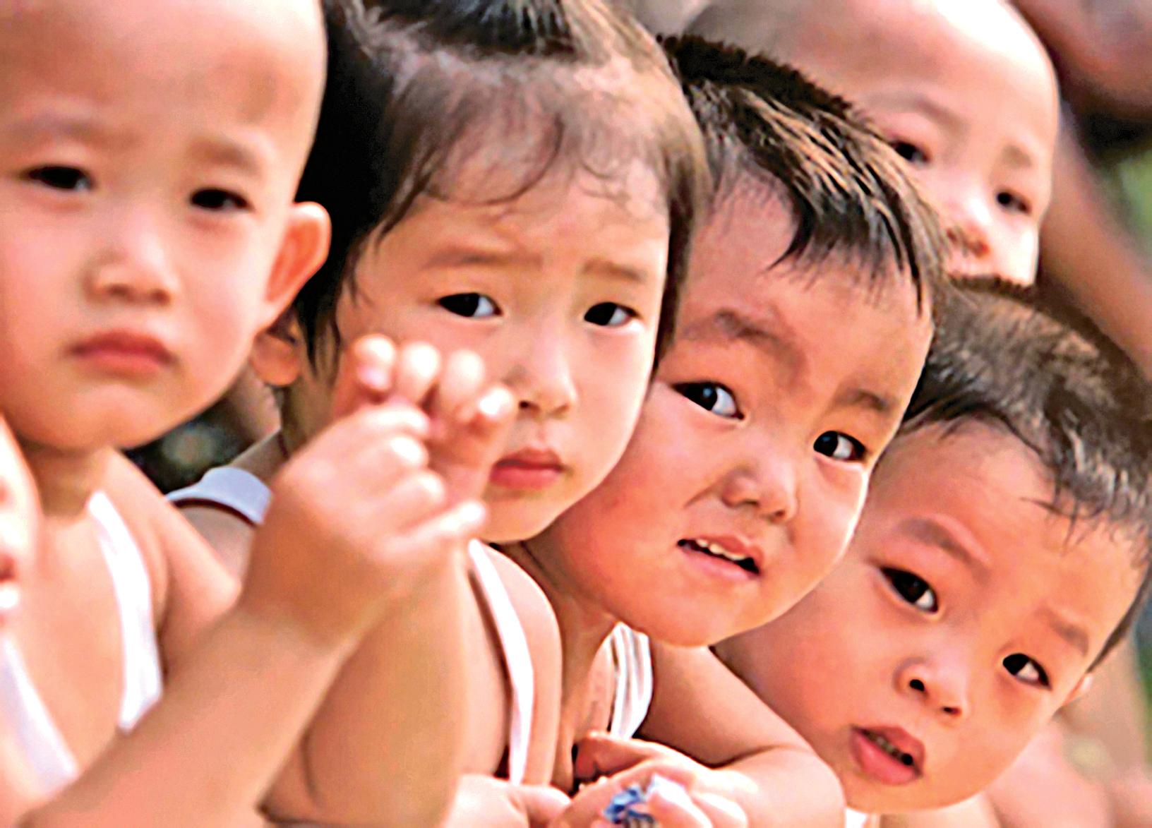 美媒報道,中國每年墮胎2,300萬例,平均每天逾63,000名胎兒死於墮胎,很多是當局強迫所致。圖為中國兒童。(AFP)