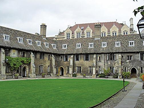 劍橋大學基督聖體學院。 (維基百科)