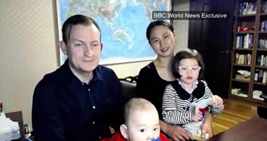 BBC「找爸爸」片段爆紅 教授全家露面受訪