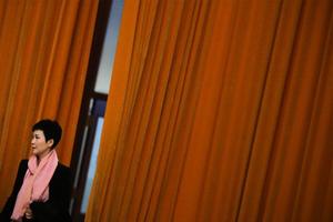 李鵬之女回應調任問題 稱「要面對現實」