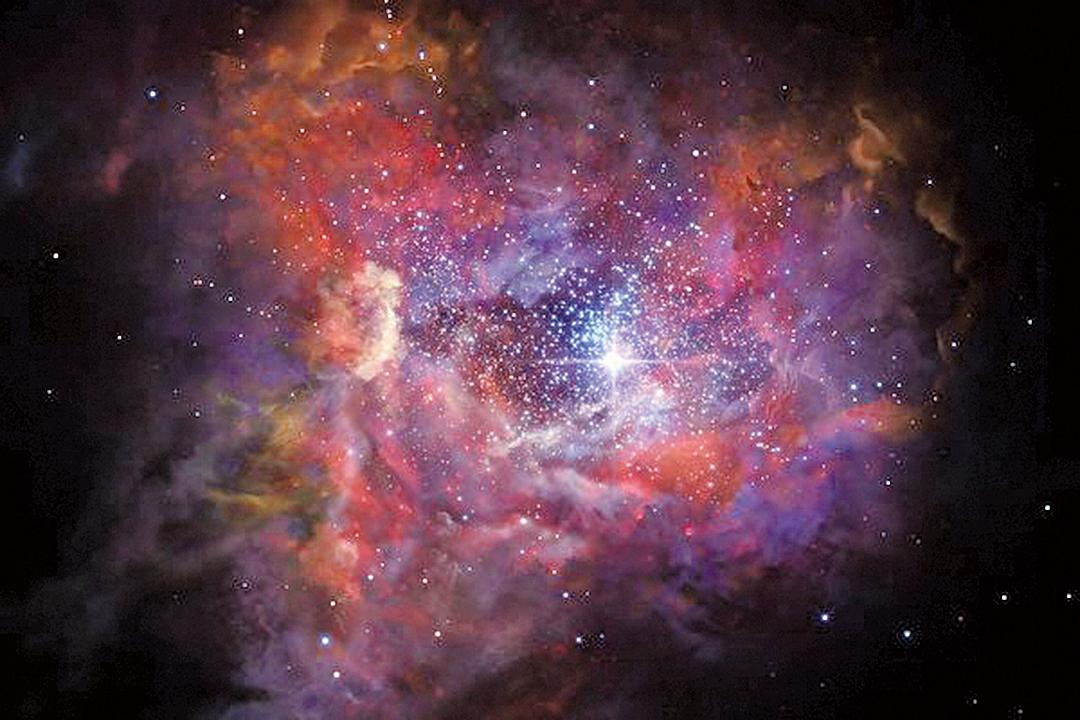 A2744_YD4塵埃星系之中,已經發生非常多的星體爆炸。(ESO)