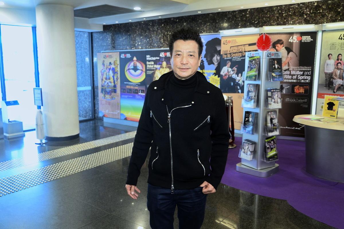 石修將首度跟香港話劇團合作,聯同陳國邦演出《紅梅再世》。(宋碧龍/大紀元)