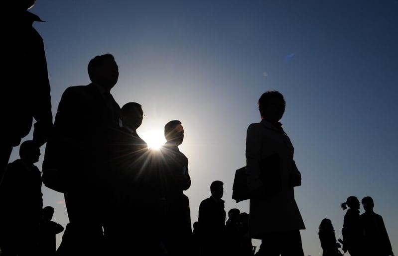 中共兩會剛結束,大陸多省市區近10名官員被查處。(AFP)