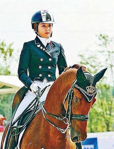南韓前總統朴槿惠閨蜜干政醜聞主角崔順實的女兒鄭尤拉在丹麥的辯護律師17日在自家猝死,死因不明。圖為鄭尤拉。(網絡圖片)