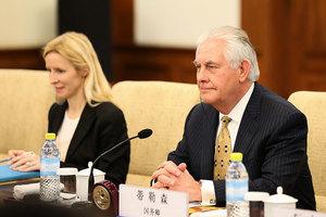 蒂勒森見王毅 稱北韓局勢已到危險地步