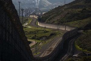 特朗普要建的宏偉美墨邊境牆 或高達九米