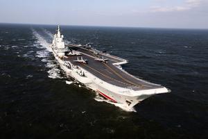 中國航母成「吸金獸」 每次加滿油千六萬