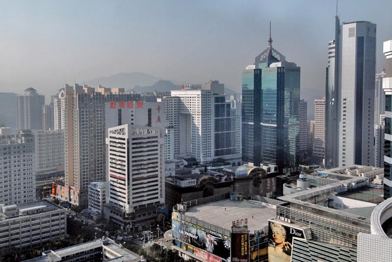 大陸樓市面臨巨大的去庫存壓力,各地政府不斷推出「救市」新政。(PHILIPPE LOPEZ/AFP)