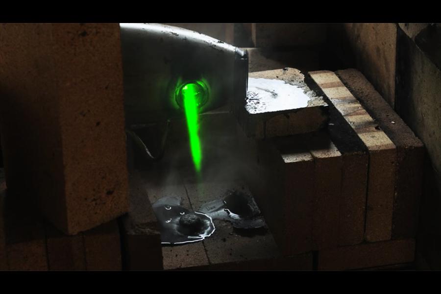 英研發星戰式激光武器 摧毀飛機宛如切牛油