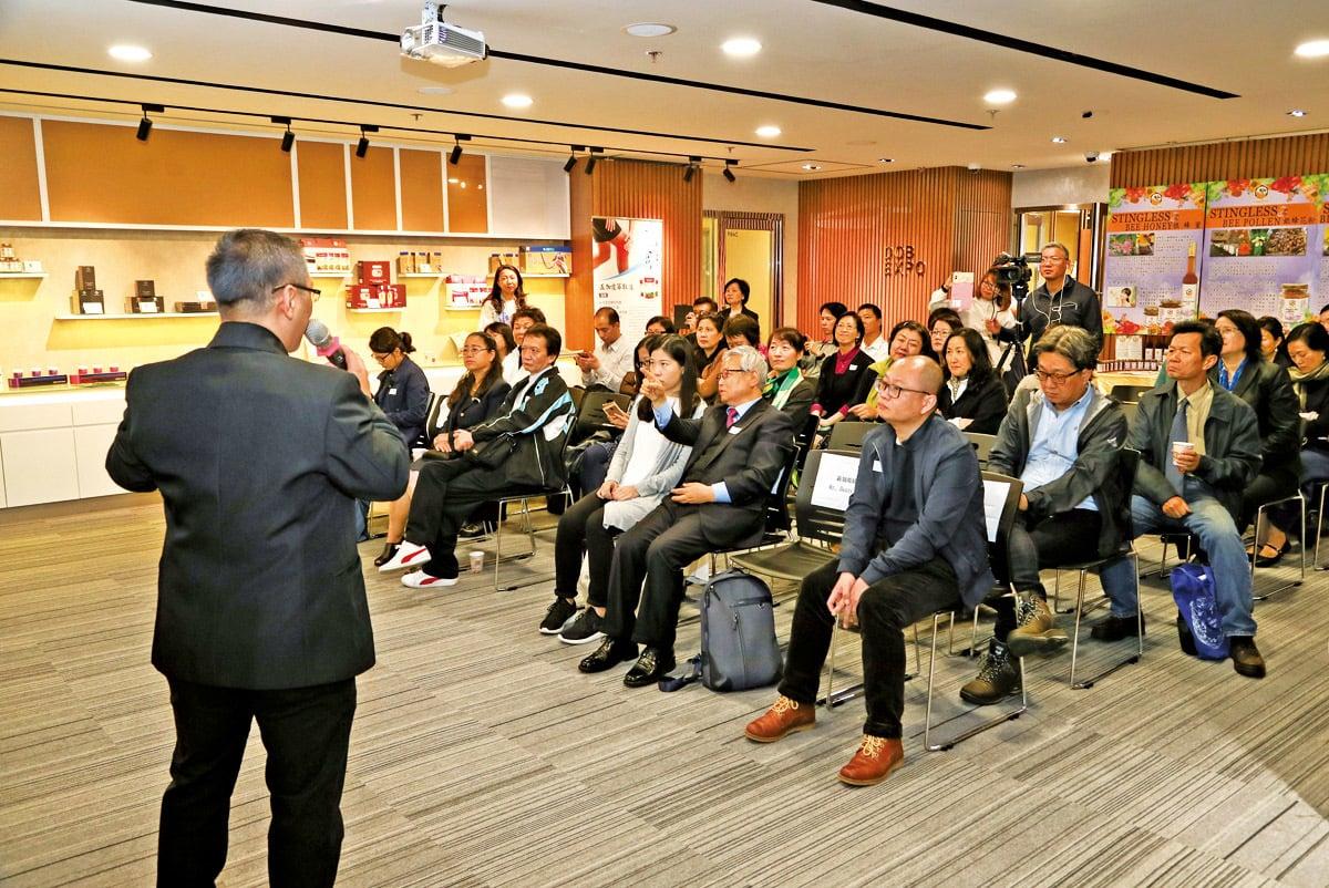 來自韓、新、台、美的優質新品,透過大紀元及綠色東方搭建的招商平台向香港通路、代理商介紹產品。(攝影/余剛)