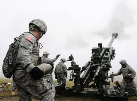 精確打擊IS總部 美M-777榴彈炮作用巨大