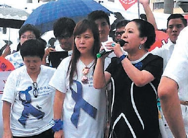 李偲嫣曾涉足娛樂圈任經理人  涉曾慶紅勢力
