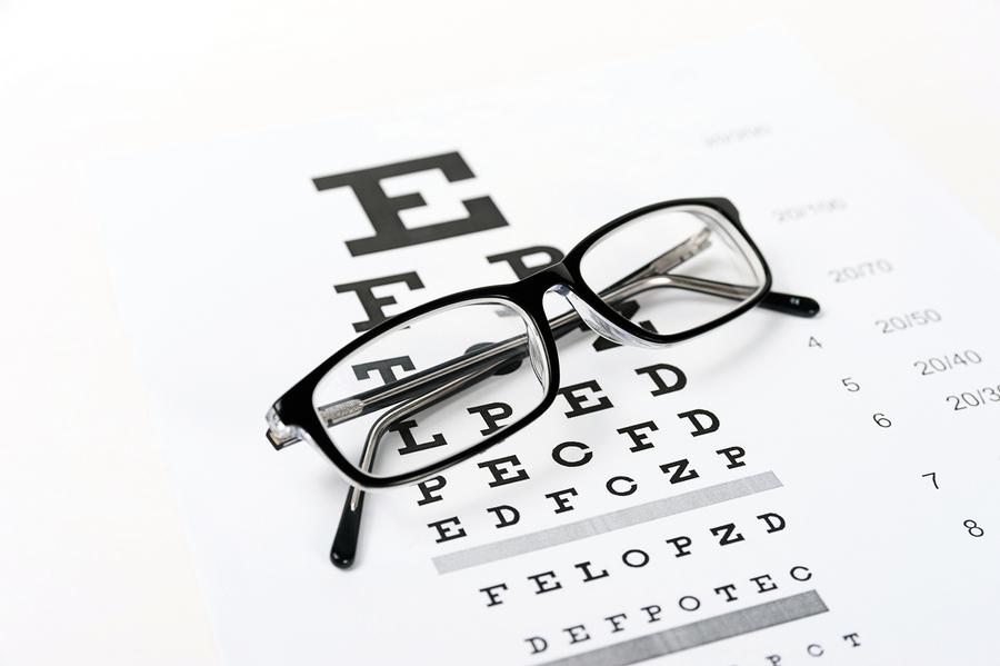 近視突增上千度當心白內障來報到
