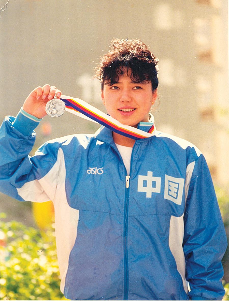 —— 中國著名奧運游泳冠軍黃曉敏