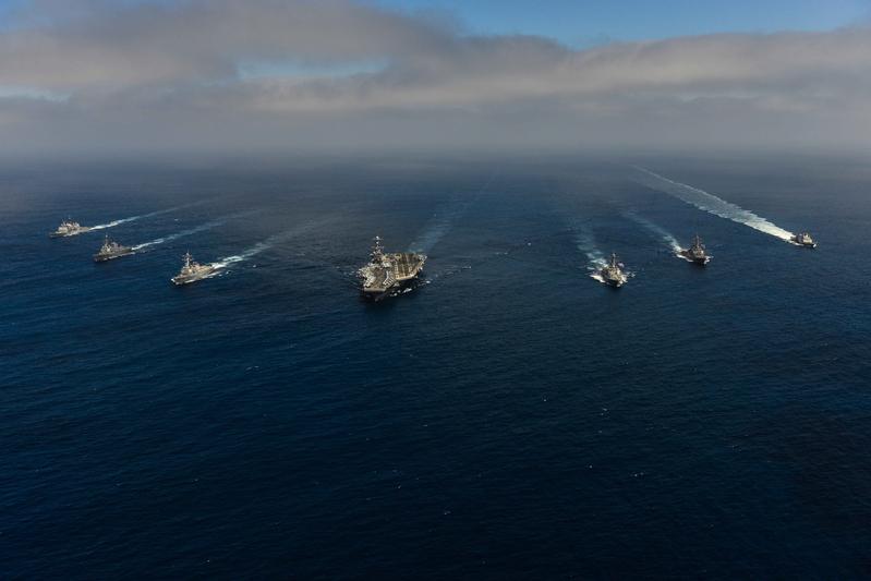 美國派遣核動力航母「約翰・斯坦尼斯號」與驅逐艦等形成戰隊,1月15日從美國出發趕赴西太平洋地區,目前已經靠近朝鮮半島。(斯坦尼斯號官方Facebook)