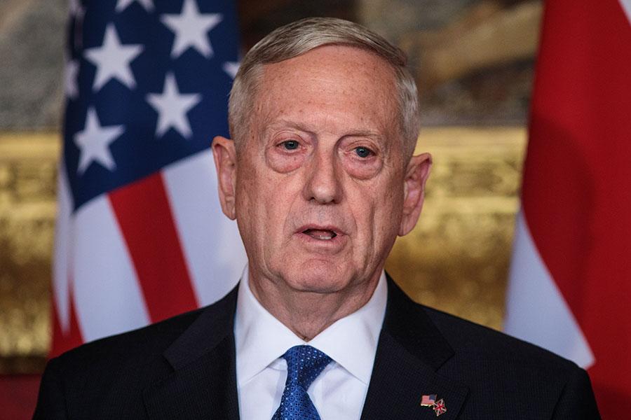 美國國防部部長馬蒂斯(James Mattis)周五(3月31日)在倫敦的新聞發佈會上表示,必須制止北韓對核武器和導彈計劃的「魯莽」行徑。(Jack Taylor/Getty Images)