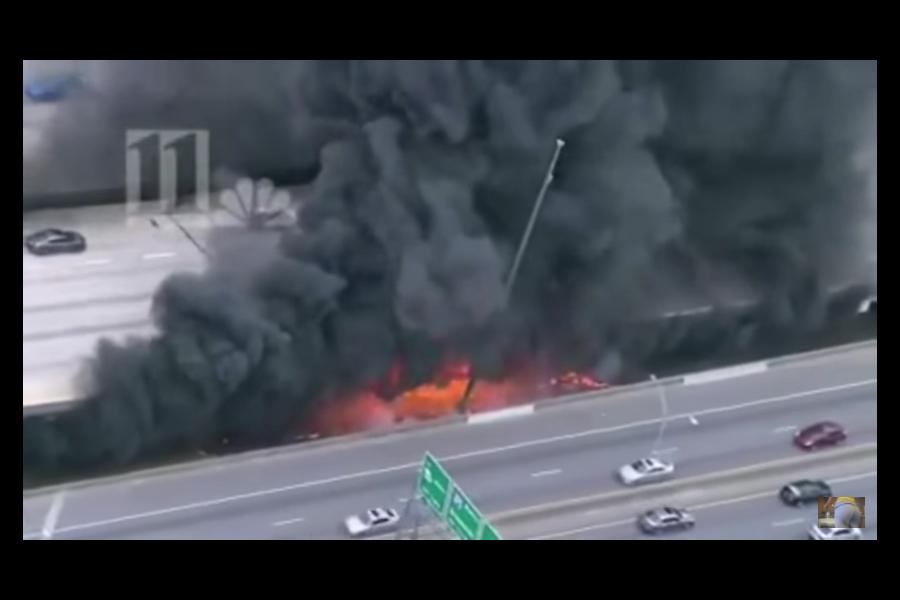 美國喬治亞州亞特蘭大85號州際公路一處橋梁30日因大火坍塌,修復工作將會持續數月之久,影響波及全美,每天會令約25萬名司機感到頭痛。(視像擷圖)