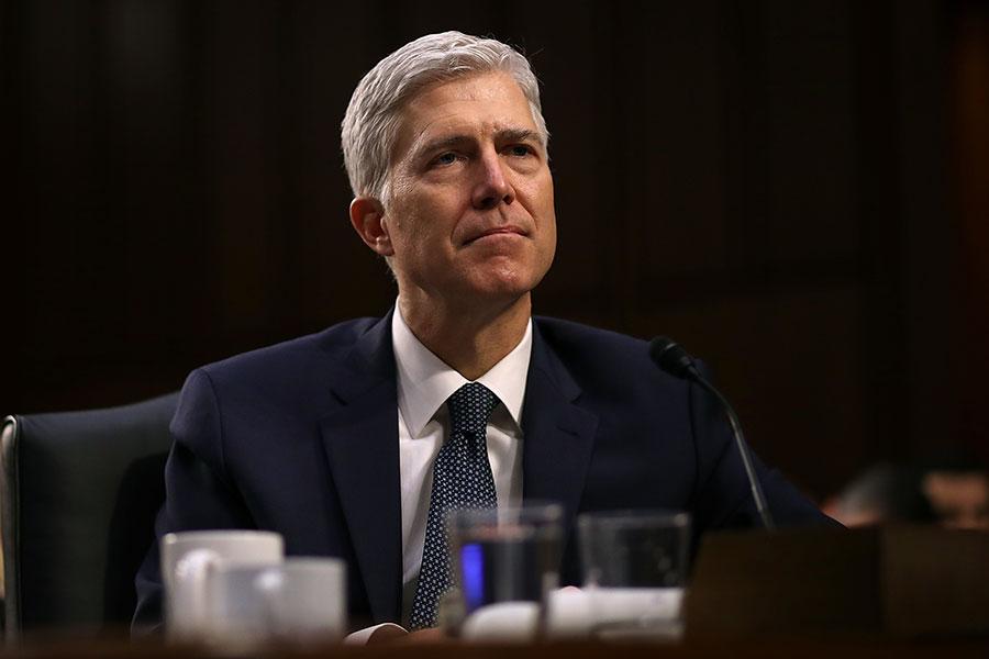 美國參院司法委員會周一(4月3日)以11:9的投票結果,通過對最高法院大法官提名人戈薩奇的確認。(Justin Sullivan/Getty Images)