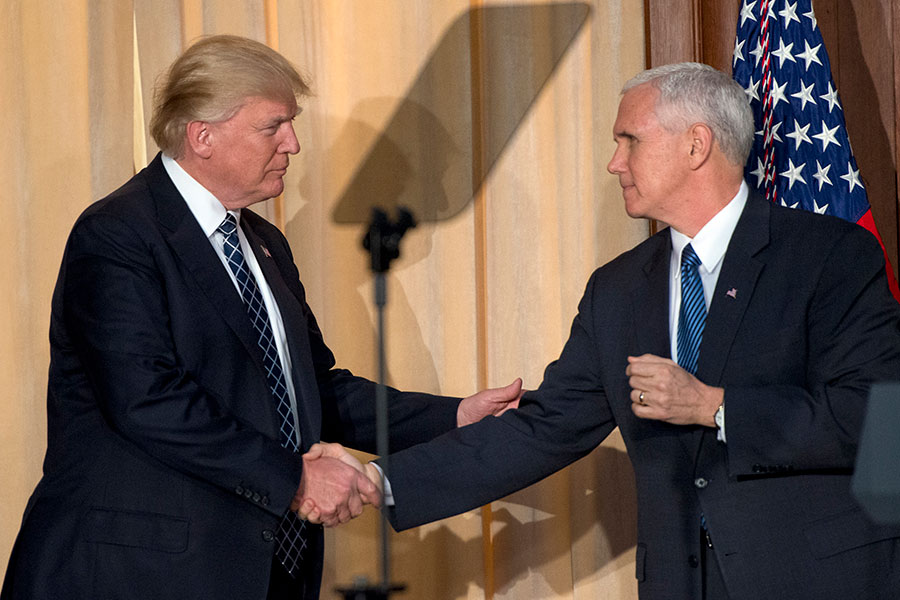 由彭斯副總統領導的白宮官員,周一(4月3日)重新啟動陷入停滯的健保法談判,點燃新法案可能最快本周在眾議院通過的希望。(Ron Sach-Pool/Getty Images)