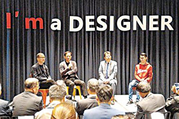 4名優秀設計師表達對台北設計建材中心的祝福及感謝。(張宇)