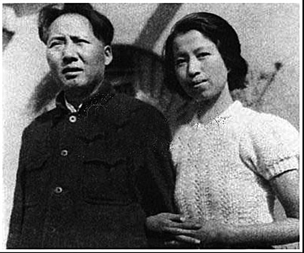 毛與江青。(網絡圖片)