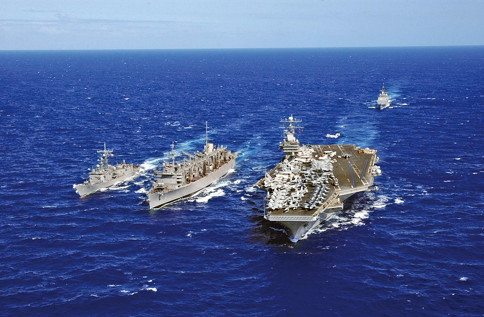 美國軍方9日證實,卡爾文森號航母戰鬥群重返西太平洋,逼近朝鮮半島附近海域,有威懾北韓之意。(維基百科)