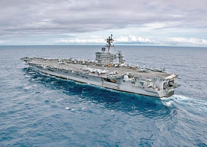 4月8日,美國「卡爾‧文森」航母戰鬥群突然折返駛往朝鮮半島附近水域。(維基百科)