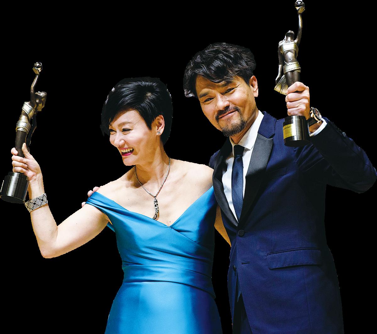 林家棟(右)與惠英紅(左)分別獲得最佳男、女主角獎。(ANTHONY WALLACE/AFP/Getty Images)