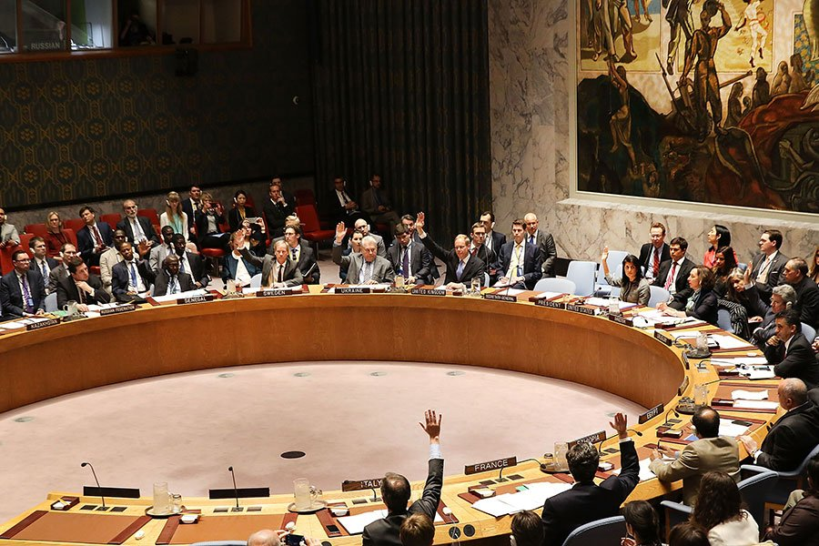 周三(4月12日),俄羅斯再次在聯合國安理會投否決票,反對聯合國有關譴責敘利亞化武襲擊、推動敘利亞政府與調查人員合作的決議案。中國罕見投棄權票。(Spencer Platt/Getty Images)