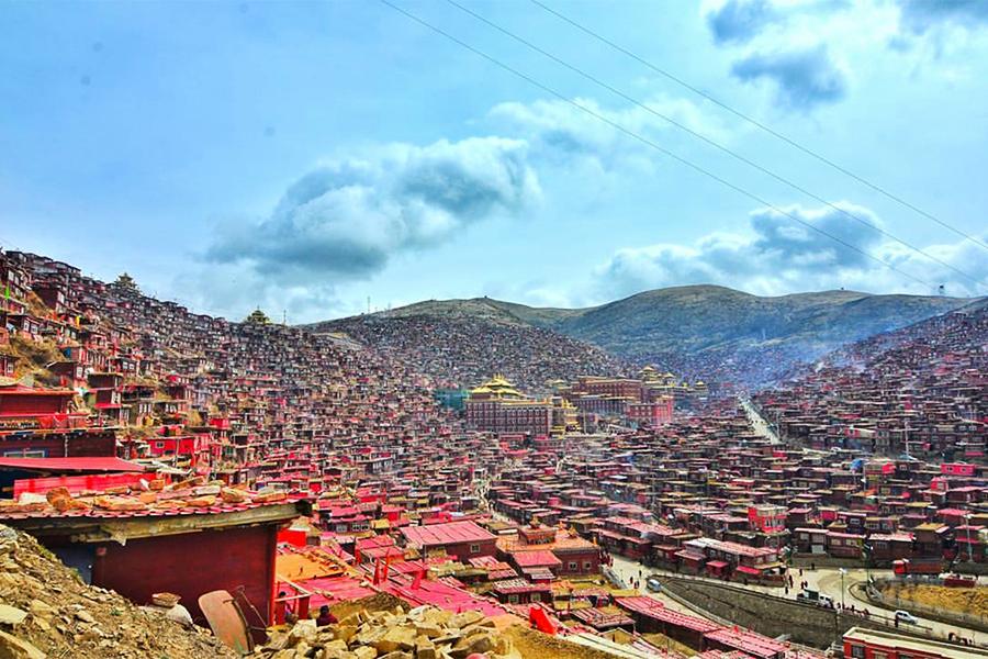 藏傳佛教最大佛學院面臨進一步強拆