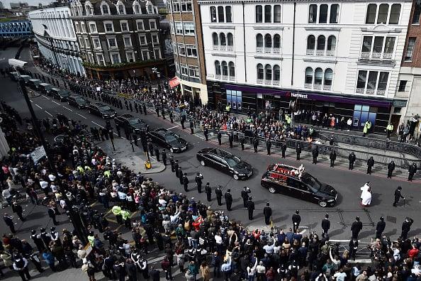 倫敦恐襲殉職警察葬禮 五千警察參加