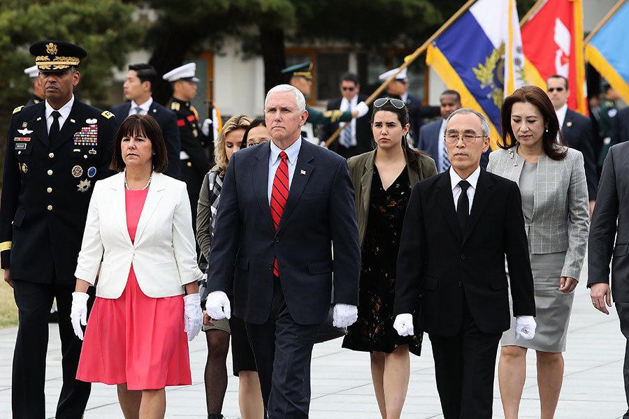 美副總統彭斯抵韓 將與南韓代總統會談