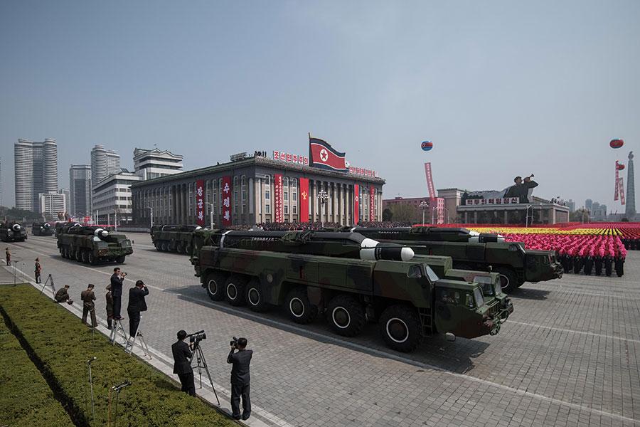 圖為北韓於4月15日太陽節舉行大閱兵。(JONES/AFP/Getty Images)
