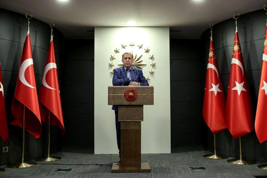 周日(4月16日),土耳其總統埃爾多安宣佈在歷史性修憲公投中獲勝。(Stringer/Getty Images)
