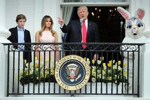 特朗普一家首度主持白宮滾彩蛋 二萬人參與