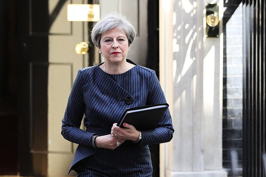 英首相突宣佈提前大選 脫歐前景將生變?