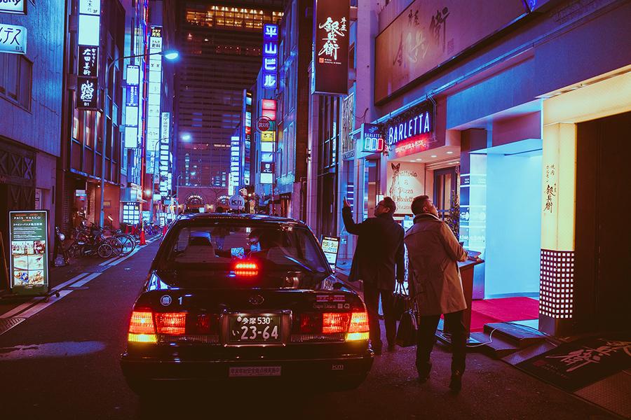 日媒4月17日披露,中共在日本可能派有高達5萬名間諜,日本自衛隊員成中共女間諜色誘的對象。圖為日本大阪街景。(Pixabay)