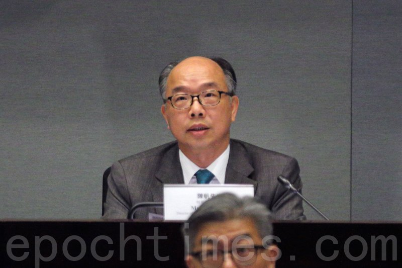 機電工程署署長陳帆表示,不排除旺角朗豪坊電梯故障涉及人為錯誤。(蔡雯文/大紀元)