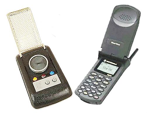 《星際迷航》的交流儀,可能也是摩托羅拉全球首部手機StarTAC的靈感來源。(網頁截圖)