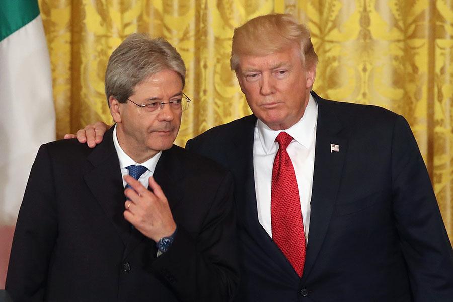 特朗普周四在跟意大利總理真蒂洛尼舉行新聞發佈會的時候談及剛剛發生的巴黎恐襲說:「它根本停不下來。」 (Mark Wilson/Getty Images)