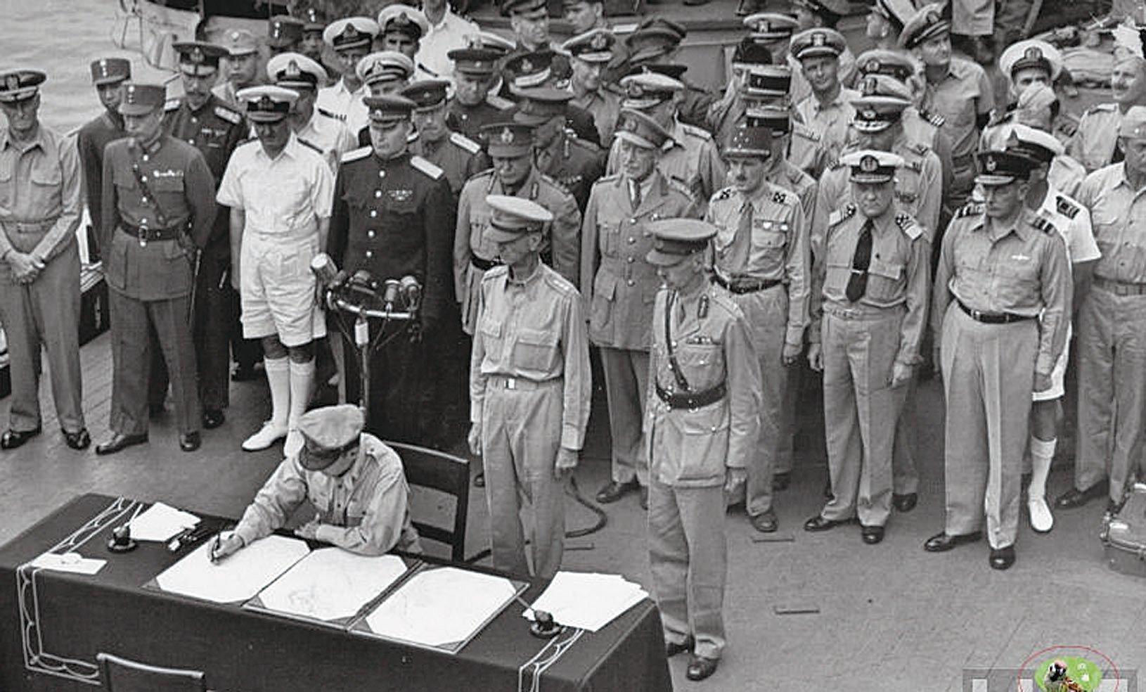 1945年9月2日在東京灣美國軍艦密蘇里號上日本投降儀式。(網絡圖片)