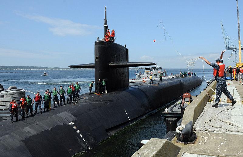 美國海軍俄亥俄級彈道導彈核潛艇密歇根號將於周二(25日)抵達南韓釜山港。(維基百科)
