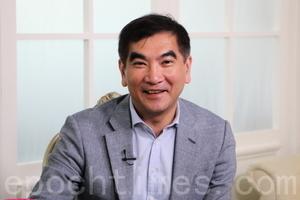 鍾國斌盼飯局改善建制泛民關係
