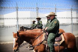 避免政府關門 特朗普考慮九月再談邊境築牆費