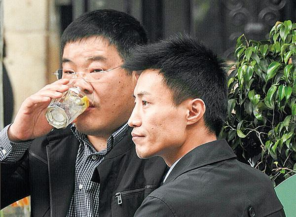 中領館控制的親共僑團曝光