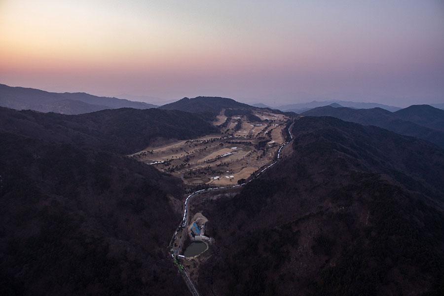 部署薩德系統的地點,星州(Seongju)高爾夫球場。(ED JONES/AFP/Getty Images)