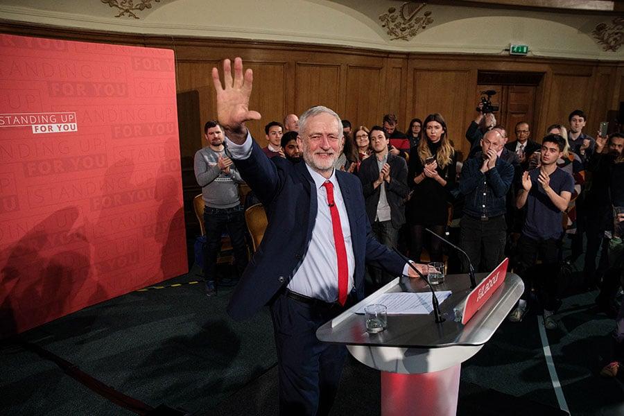 工黨領袖郝爾彬在倫敦市中心的Assembly Hall發表大選宣傳期間的首篇演說。(Jack Taylor/Getty Images)